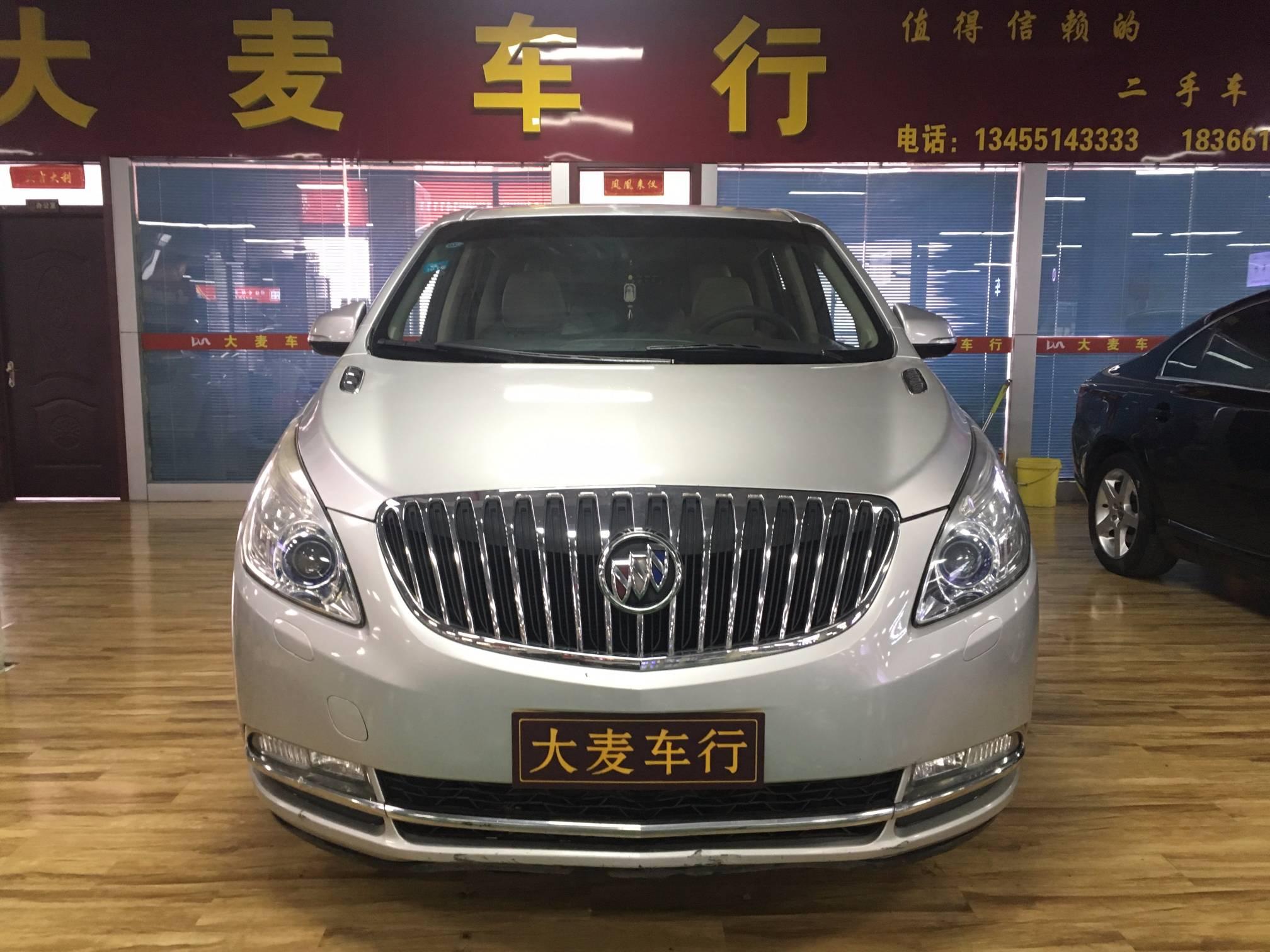 2013款  别克GL8  3.0L GT豪华商务豪雅版