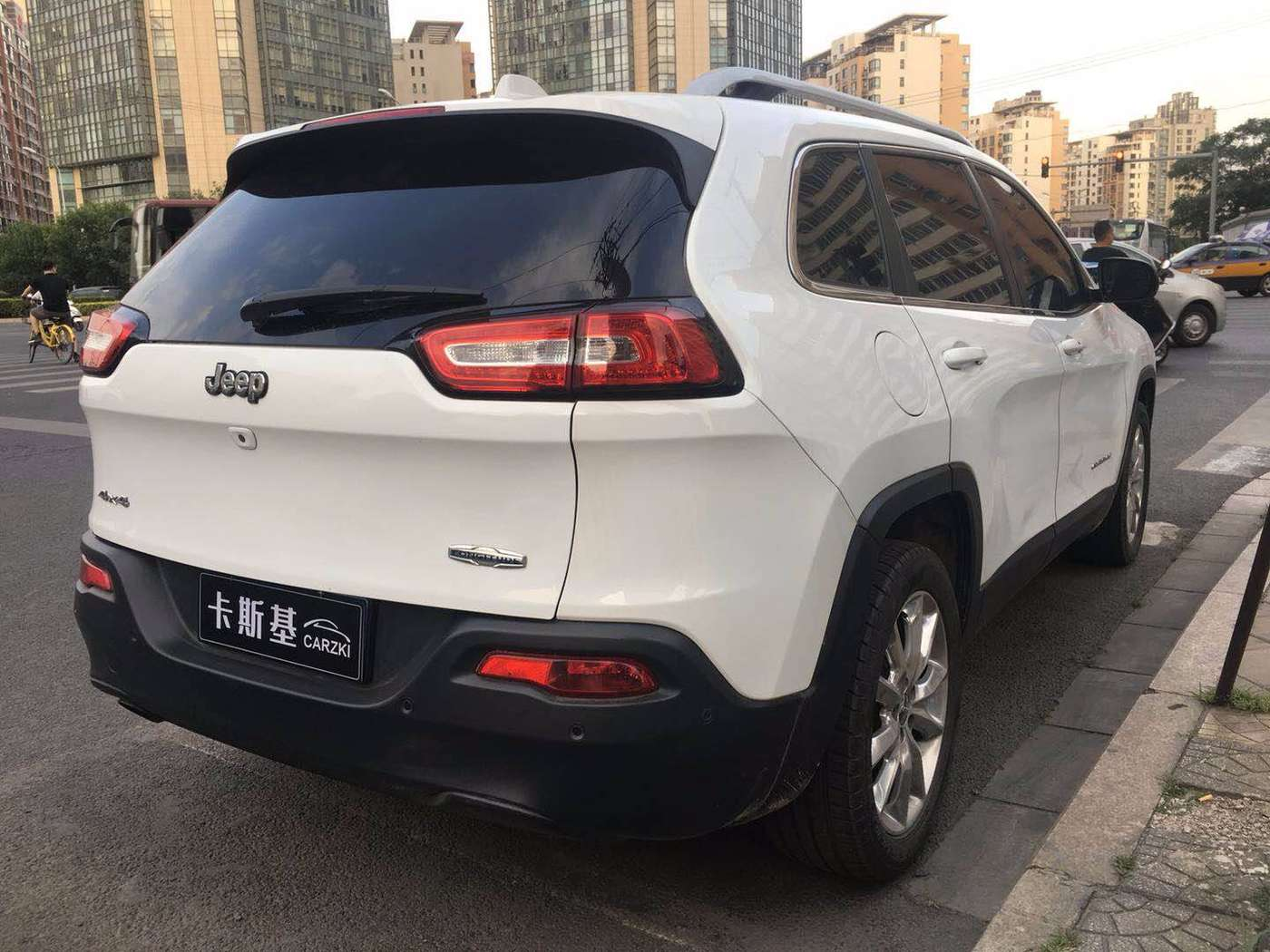2014年12月 Jeep 自由光 2014款 2.4L 豪华版 甄选易手车-北京卡斯基汽车服务有限公司