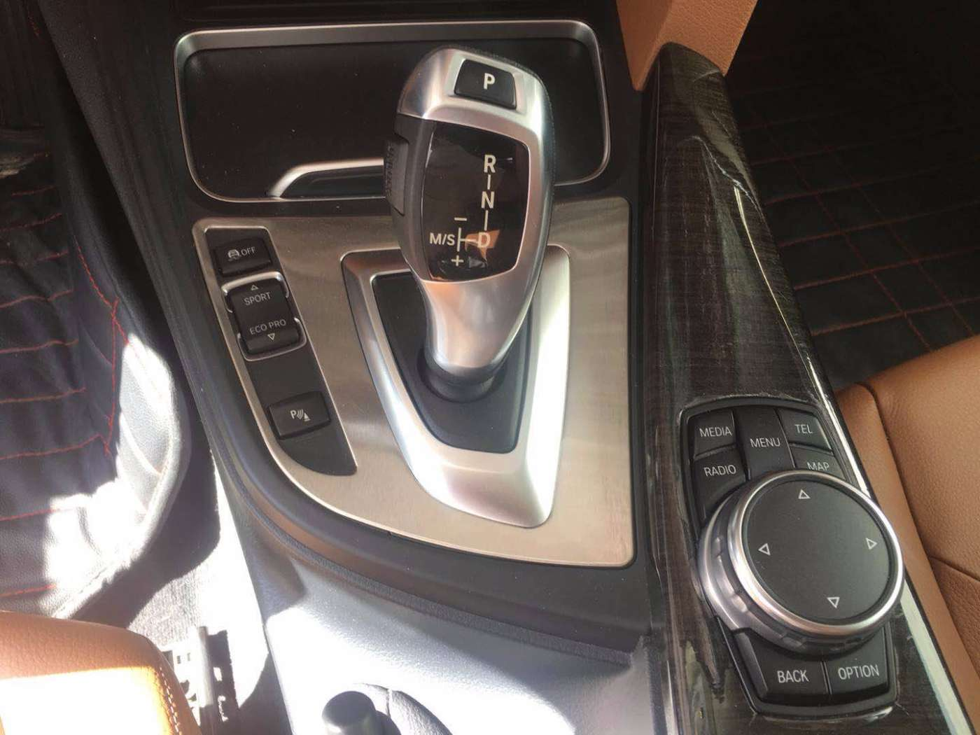 2015年10月 2016款 宝马3系 320Li 豪华设计套装|甄选宝马-北京卡斯基汽车服务有限公司
